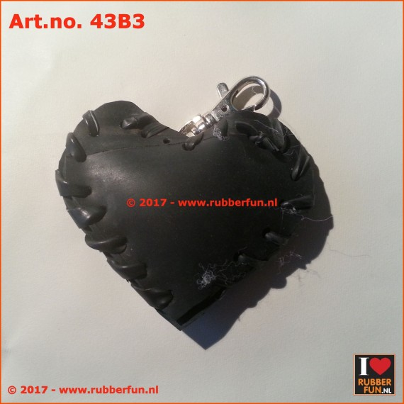 Recycled rubber key chain heart