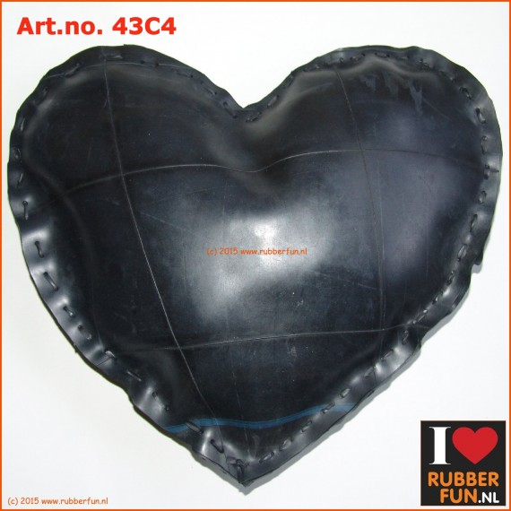 Cushion - eco - recycled rubber - car tyre - heart