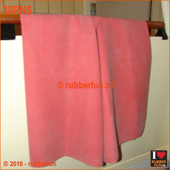 38RN5 - Rubber sheeting - hospital red - natural rubber - 90 and 120 cm wide - 0.50 mm thick. [NEW 2018]