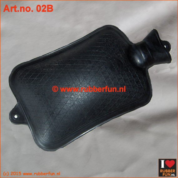 02B - Hot water bottle - black (2L & 3L)