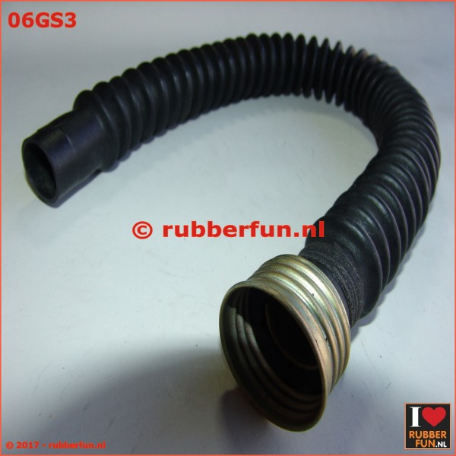 06GS3 - Gas mask hose - female connector