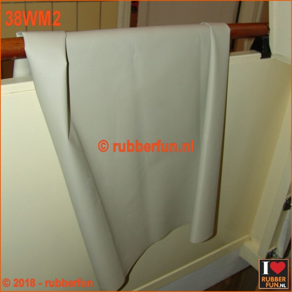 38WM2 - Rubber sheeting - white - mack rubber - 120 cm wide - 0.50 mm thick