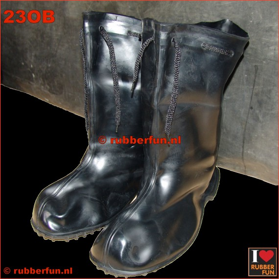 23OB - overboots