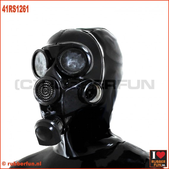GP7 gasmask with zipper hood
