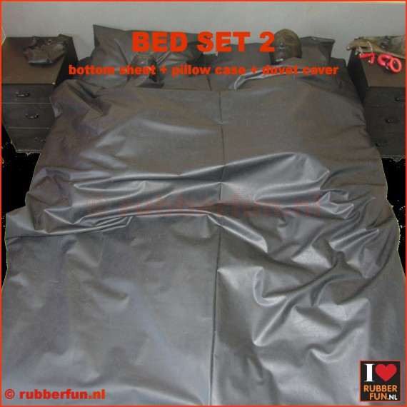Rubber bed set 2 - bottom sheet plus pillow case